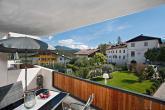 Chalet Resort Zu Kirchwies in Lajen