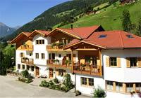 Familyhotel & Residence St. Nikolaus***