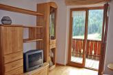 Jonnen Hof Schlinig - Wohnzimmer mit Balkon