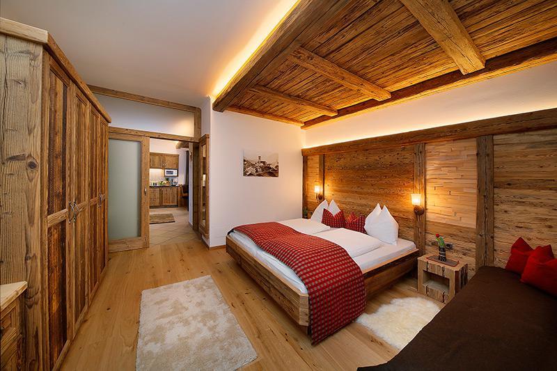 schenna bei meran verdins ferienwohnung ferienwohnungen. Black Bedroom Furniture Sets. Home Design Ideas