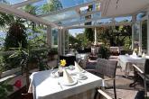 Frühstück im Wintergarten und auf der Terrasse